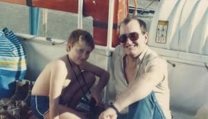 Matthias Hauer als Kind mit seinem Vater