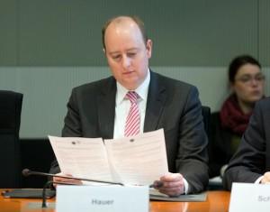 Matthias Hauer im Finanzausschuss