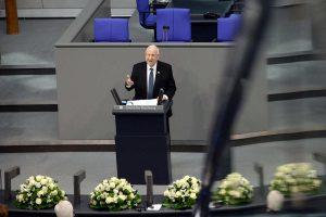 In einer Gedenkstunde für die Opfer des Nationalsozialismus sprach der israelische Staatspräsident Reuven Rivlin am Mittwoch im Deutschen Bundestag.